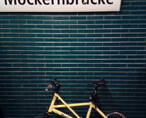 Tyrell FX Testride in der Berliner U-Bahn, Station Möckernbrücke